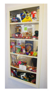 toyCabinet
